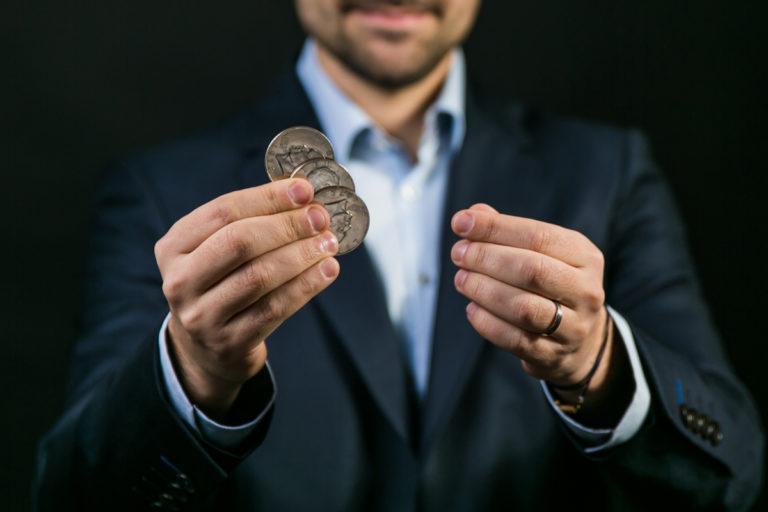 Des cours de magie à Toulon avec des pièces