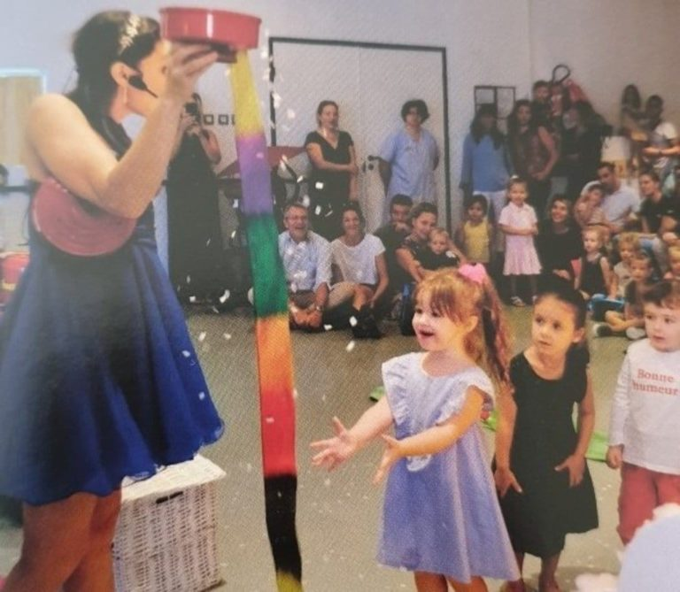 Spectacle de magie à la maternelle de Sanary sur mer
