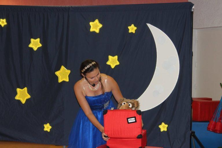 Magicienne dans le var pour un spectacle dans une maternelle